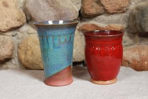 mittelalterliche Keramikbecher